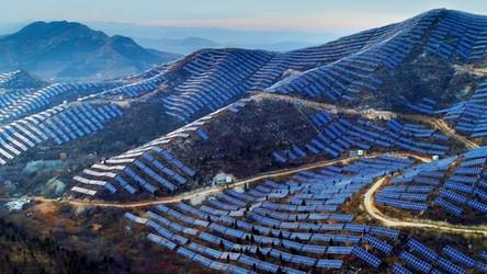 Oto solarne góry. W ten sposób Chiny chcą stać się całkowicie ekologiczne