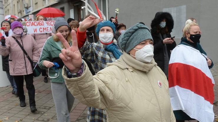 Białoruś: zatrzymania kobiet i niepełnosprawnych