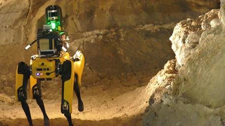 Robo-pies Spot w roli eksploratora jaskiń. Takie roboty znajdą nam dom na Księżycu i Marsie