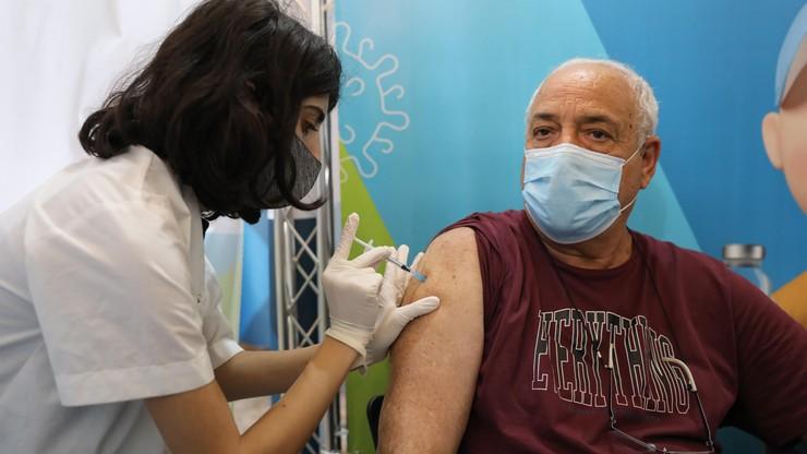 Izrael. Znaczny wzrost poziomu przeciwciał po trzeciej dawce szczepionki przeciw Covid-19