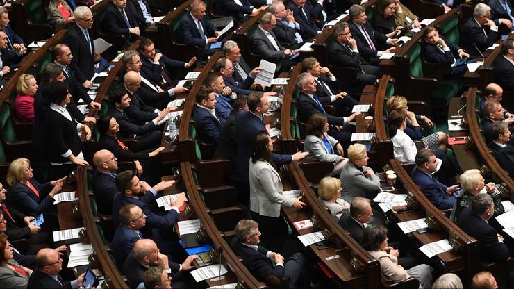 Sejm uchwalił nowelizację ustawy o Sądzie Najwyższym. Przyjęto dwie poprawki