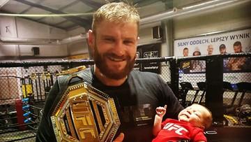 """Syn Jana Błachowicza z pasem UFC! """"Czym skorupka za młodu..."""""""
