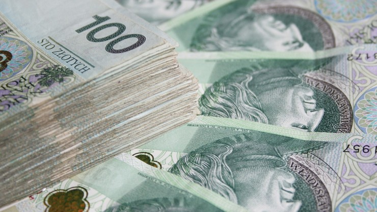 Nowe branże objęte pomocą. Rząd przedstawił założenia Tarczy Finansowej 2.0