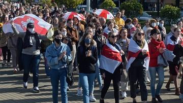 Marsz kobiet w Mińsku. Uczestniczki trafiały do więźniarek