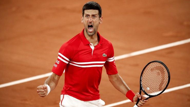 Roland Garros: Trudna przeprawa Novaka Djokovicia w ćwierćfinale. Kibice sprawiali problemy