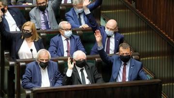 Sejm przyjął ustawę medialną. PiS zgłosi w Senacie poprawkę