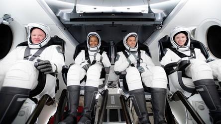 Start historycznej misji Inspiration4. SpaceX wysłało na orbitę samych cywili