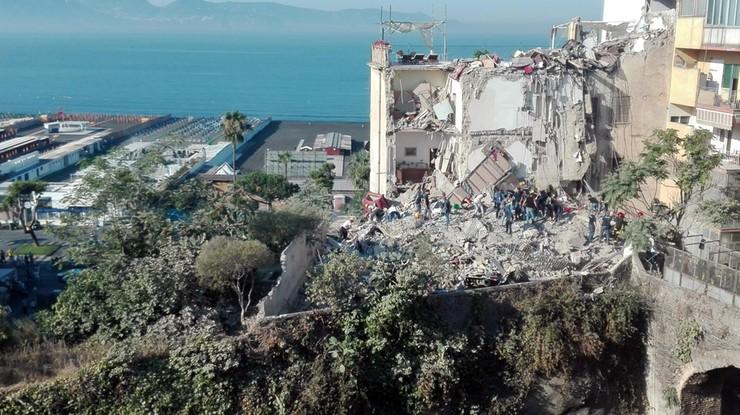 Zawalił się dom mieszkalny we Włoszech. Osiem osób poszukiwanych