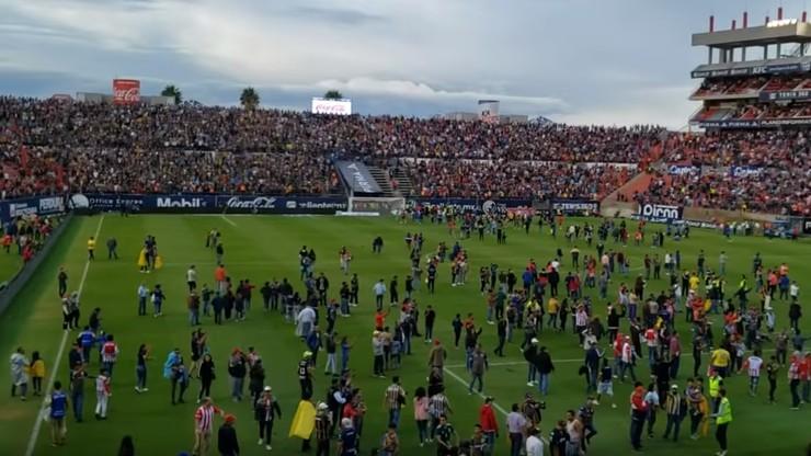 Wielka bójka na trybunach w Meksyku. Wynik meczu anulowany