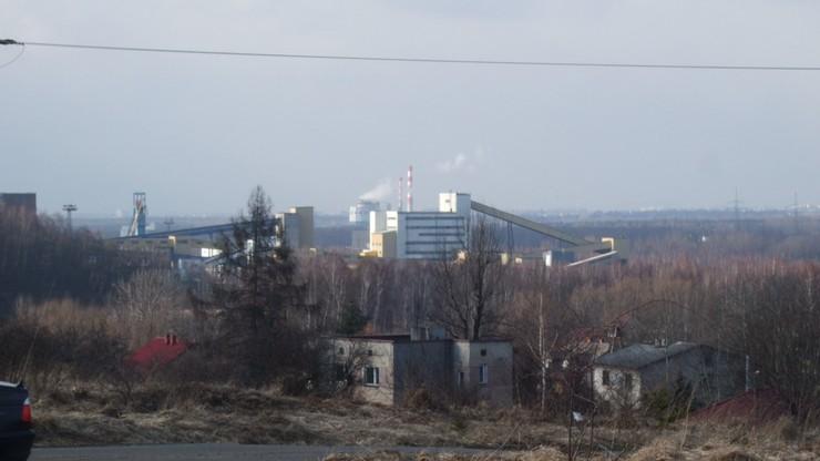 """Pożar w kopalni """"Sobieski"""" w Jaworznie (Śląskie). Wycofano 90 pracowników"""