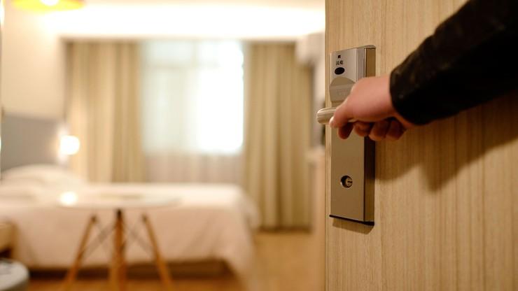 Stan wyjątkowy. 65 proc. rekompensaty dla hotelarzy i restauratorów