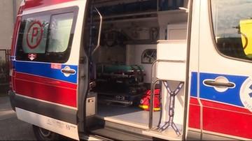 Zderzenie busa z karetką. Dwie osoby ranne