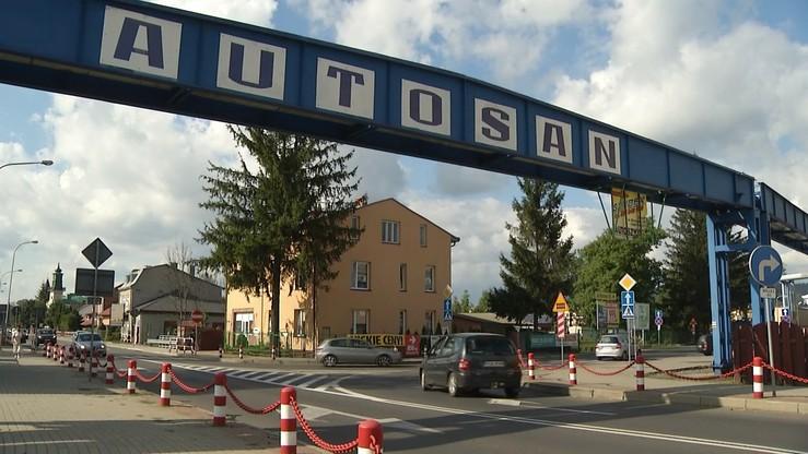 """Kaczyński zapowiada """"supernowoczesną produkcję autobusów elektrycznych"""". PGE ma przejąć Autosan"""