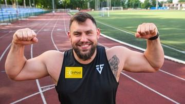 Konrad Bukowiecki zaprasza na spacer po wiosce olimpijskiej (WIDEO)