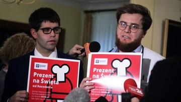 """""""Mogą stanąć strategiczne szpitale w Polsce"""". W ponad 50 miastach lekarze wypowiadają klauzule opt-out"""