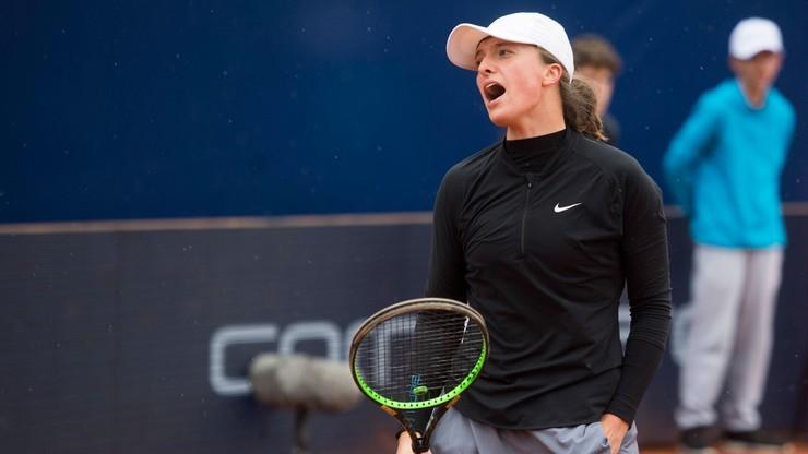 """French Open: Linette i Świątek zaczną od rywalek z """"dzikimi kartami"""""""