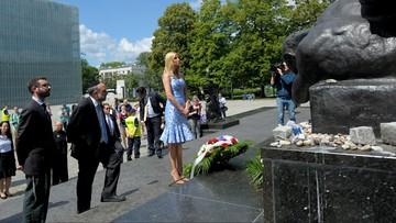 """Kobiety Trumpa w Polsce. Melania """"zapowiedziała"""" męża, Ivanka odwiedziła Muzeum Historii Żydów Polski"""