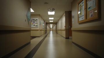 """Nie odbierają schorowanych rodziców ze szpitali. Lekarze apelują """"do sumień"""""""