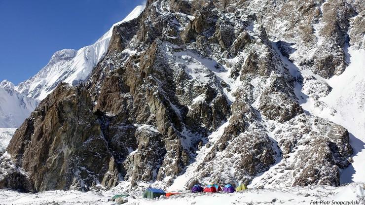 Wyprawa na K2: dwa zespoły na górze i dwa dni dobrej pogody