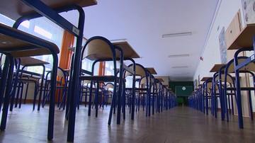 """""""Rz"""": rząd wygrał w szkołach"""