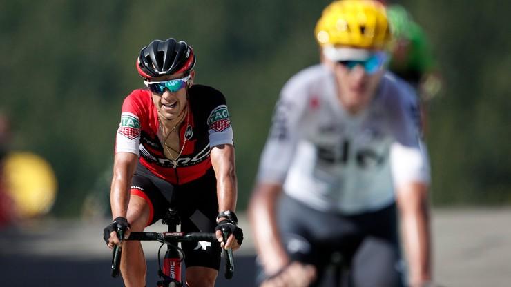 Groźny upadek zawodnika Tour de France. Leczenie zajmie ponad miesiąc