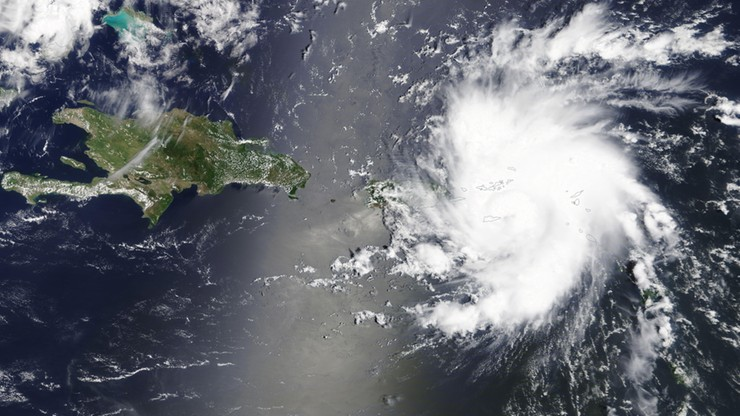 Stan wyjątkowy na Florydzie przed atakiem huraganu Dorian