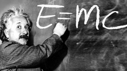 List z odręcznie napisanym przez Einsteina E=mc2 sprzedany za rekordową kwotę