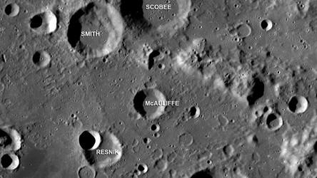 Sztuczna inteligencja odkryła nowe kratery na Księżycu i policzyła wszystkie istniejące