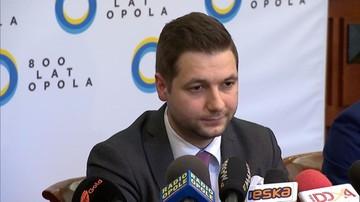Jaki domaga się od Wilczyńskiego, aby zrzekł się mandatu