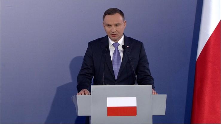 """""""Podzielili opinię, że Inicjatywa Trójmorza przyczynia się do spójności UE"""". Prezydent rozmawiał z Merkel"""