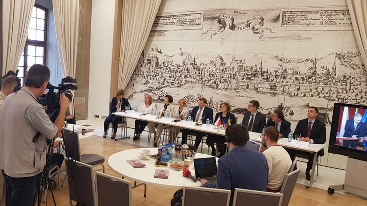 Nowa siedziba ambasady RP na Litwie. Remont Pałacu Paców kosztował 18 mln euro
