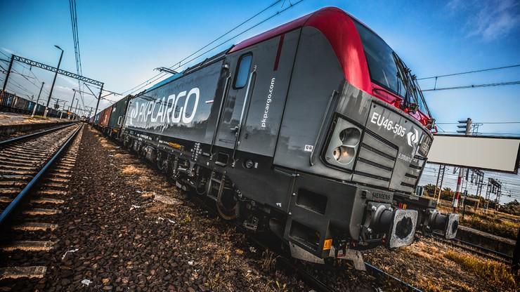Bezpieczniejsze pociągi towarowe. Odblaski na wagonach PKP Cargo Service nagrodzone