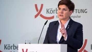 Szydło w Berlinie: polska demokracja ma się świetnie