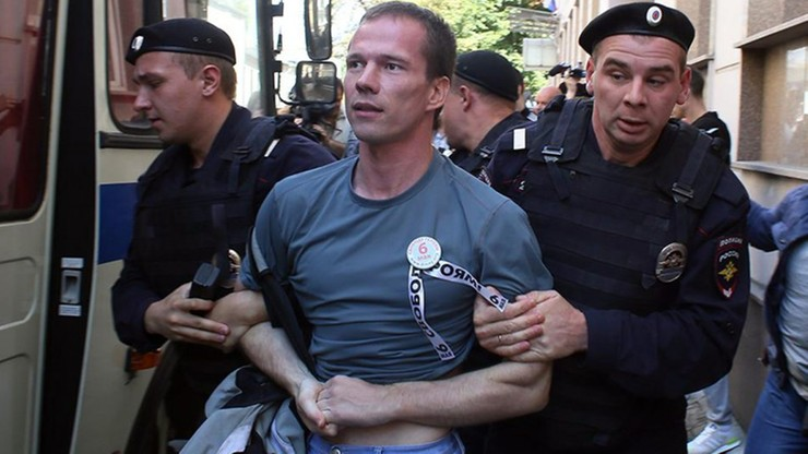 Rosyjski więzień głodujący w kolonii karnej pisze o torturach. Protestował przeciw Putinowi