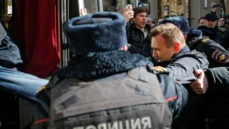 Kilkadziesiąt tysięcy Rosjan wyszło na ulice. Protesty i zatrzymanie Nawalnego