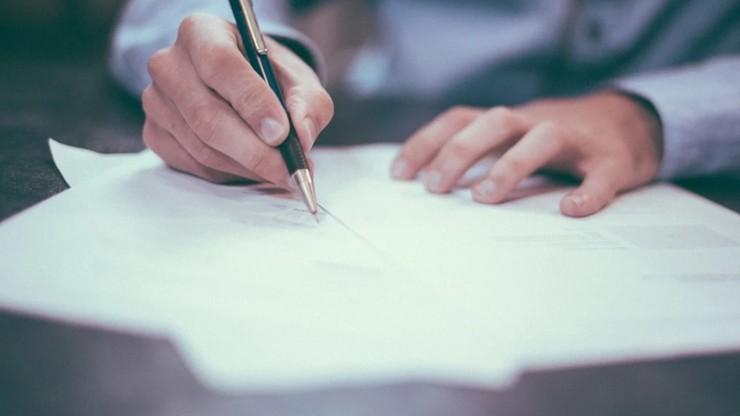 Naukowcy opracowali papier antykoronawirusowy