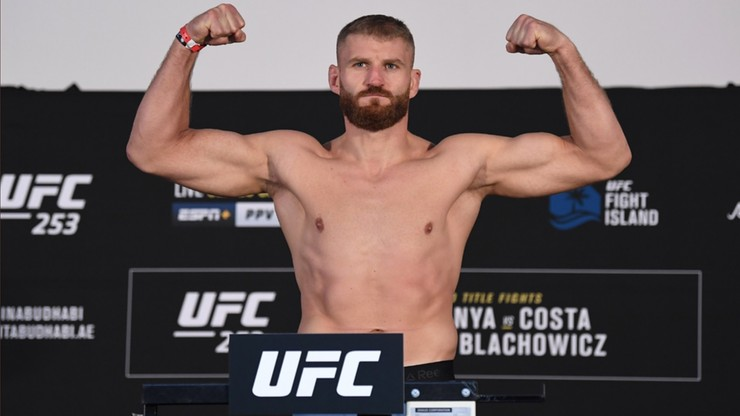 UFC 253: Wyniki ważenia. Błachowicz w limicie!