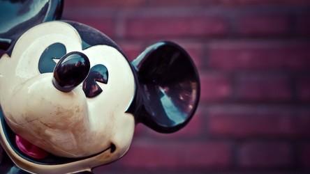 Disney Plus ostrzega, że jego produkcje są... rasistowskie. O co w tym chodzi?