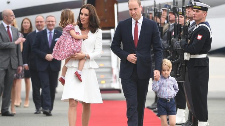 """""""Jego Królewska Nieśmiałość"""". Brytyjska prasa głównie o dzieciach podczas wizyty książęcej pary w Polsce"""
