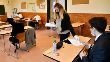 Na Węgrzech rozpoczęły się matury. Wprowadzono szczególne środki bezpieczeństwa