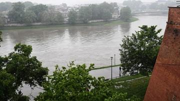 Prezydent Krakowa odwołał alarm przeciwpowodziowy. Poziom wody w Wiśle nadal wysoki