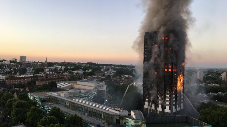 Wielka Brytania. Grenfell Tower, w którym w pożarze zginęły 72 osoby, będzie rozebrany