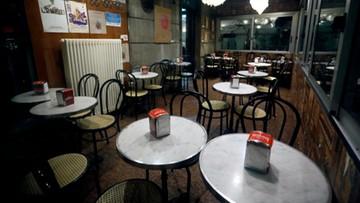 """""""Lockdown light"""" w Niemczech, nowe restrykcje w Czechach. Europa walczy z koronawirusem"""