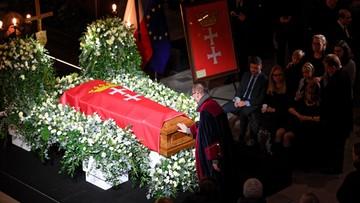 W Europejskim Centrum Solidarności wystawiono trumnę z ciałem Pawła Adamowicza