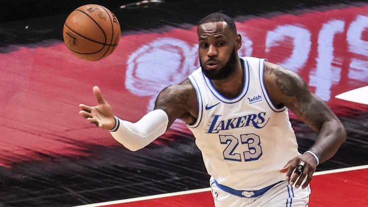 NBA: LeBron James dał popis gry przeciwko byłej drużynie. Lider Lakers zdobył zawrotną liczbę punktów