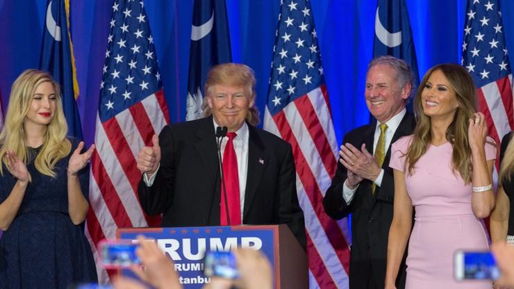 USA: Trump wygrał prawybory w Karolinie Płd. Bush wycofał się z wyścigu