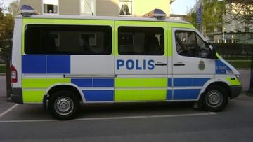 W nocy w Göteborgu zamaskowane grupy podpaliły dziesiątki samochodów. Nikt nie został ranny