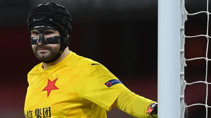Liga Europy. Czeski Darth Vader w bramce Slavii