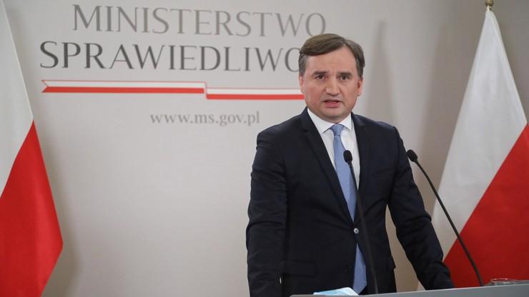Ziobro do radnych sejmików: nie ulegajcie szantażowi UE