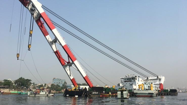 Kolizja statków w Bangladeszu. Co najmniej 26 osób nie żyje